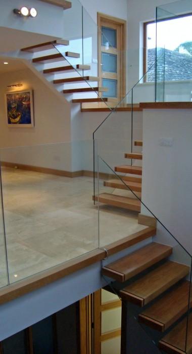 Cantilever Staircase Design