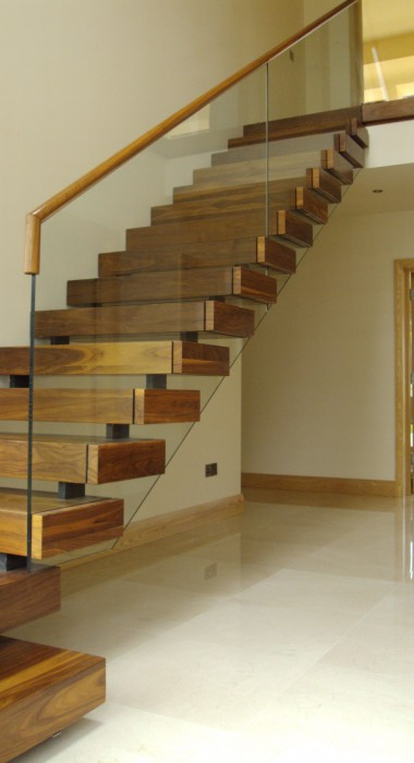 Equilibrium Open Stairs