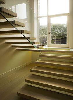 Floating staircases - Signature Stairs